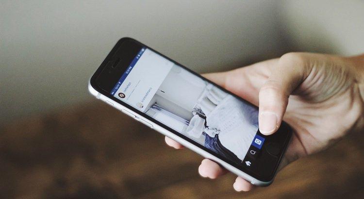 Mittels 'info:'-Abfrage die korrekte Zuordnung von mobiler und Desktop-Seite prüfen
